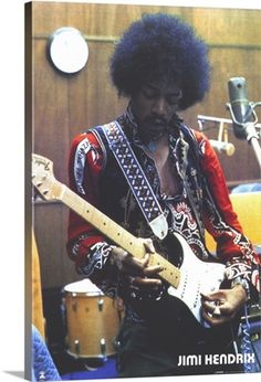 This is a doctored photo of Jimi Hendrix holding a cigar box guitar. It is not authentic, there are no known pictures of Hendrix holding a CBG. it's still cool, so we include it here. Gretsch, Guitare Fender Stratocaster, Woodstock, Jimi Hendrix Experience, Cigar Box Guitar, Psychedelic Rock, Jimi Hendricks, Historia Do Rock, Electric Ladyland