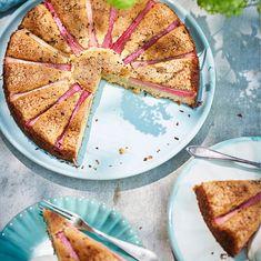 Picknick efter jobbet? Baka den knäckiga rabarberkakan med brynt smör – den är supergod! Receptet i bilden intill och även i Allt om Mat nr…