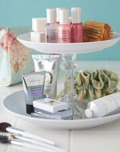 DIY: Dollar Tree Makeup Storage - silver trays and candlesticks (similar to the cake trays) but stacked into tiers. Bathroom Organization, Organization Hacks, Bathroom Storage, Bathroom Ideas, Bathroom Hacks, Organized Bathroom, Design Bathroom, Bathroom Cupboards, Countertop Organization