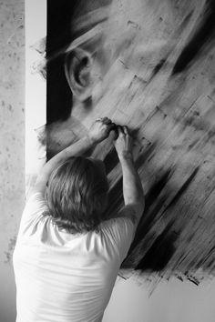 Valentin van Der Meulen By Adolfo Vásquez Rocca Artist Life, Artist At Work, Make Art, Art Studios, Portrait Photography, Contemporary Art, Art Gallery, Drawings, Artwork