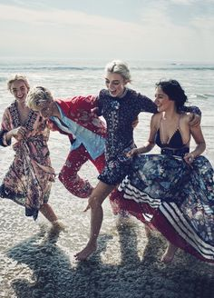 """vogue-at-heart: """" Daisy Clementine, Lucky Blue, Pyper America & Queen Starlie Smith in """"Blue Crush"""" for Marie Claire US, January 2016 Photographed by Beau Grealy """" Lucky Blue Smith, Bohemian Mode, Bohemian Style, Boho Chic, Gypsy Style, Sister Poses, Sibling Poses, Blue Crush, Beach Editorial"""