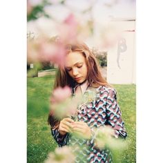 Maddie ziegler for I-d magazine. Btw 25 more followers til 400!!!! Thank you so much!  Pin from ♡DM Fandom♡