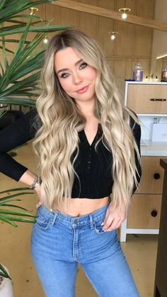 Blonde Hair Looks, Brown Blonde Hair, Balayage Straight Hair, Balayage Hair Blonde, Boliage Hair, Hair Color Techniques, Edgy Hair, Blonde Highlights, Human Hair Wigs