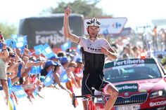 Frank Schleck takes his first career Vuelta stage win as the strongest rider from the break, while Joaquím Rodríguez rides into the GC lead - Stage 16 2015 La Vuelta.