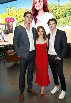 Jacob Elordi Photos - Jacob Elordi, Joey King and Joel Courtney attend a screening of 'The Kissing Booth' at NETFLIX on May 2018 in Los Angeles, California. - 'The Kissing Booth' Special Screening King Jacob, Joey King, Kissing Booth, Movies Showing, Movies And Tv Shows, Noah Flynn, King Photo, Romantic Movies, American Actors