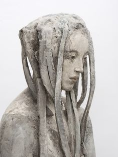 """Detail: aus der Reihe """"Wald, (Wandlung)"""", 2014, Terrakotta engobiert, 155 cm"""