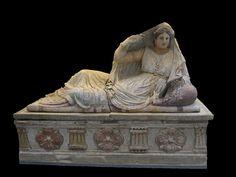 Саркофаг, около 150—130 гг. до н.э.