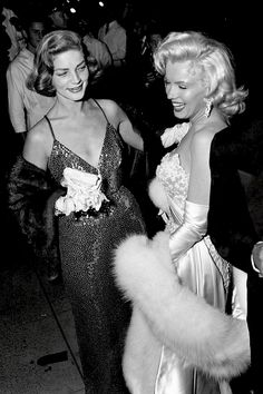 Lauren Bacall and Marilyn Monroe at the How to Marry a Millionaire premier, 1953.
