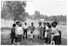 """1. In 1964, several hundred volunteers set out to eliminate racial boundaries in what would become known as the """"Freedom Summer."""" This riveting photograph was taken in Mississippi during that historic summer. Sullivan Family, Coloured People, The Freedom, Riveting, Black History, Mississippi, 1960s, United States, America"""