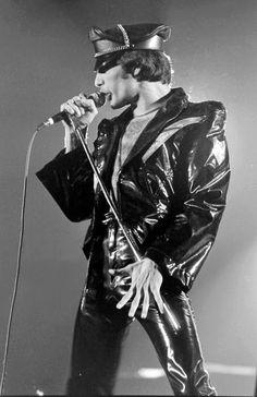 Queen Photos, Queen Pictures, We Will Rock You, Somebody To Love, Queen Freddie Mercury, Queen Band, John Deacon, Killer Queen, Save The Queen