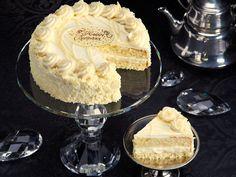Vanilla Bean Cake<i class=