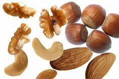 Spis nødder og nyd de sunde fordele