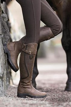 Mountain Horse Winter Riding Boots faux fur lined. Equestrian Boots, Equestrian Outfits, Equestrian Style, Equestrian Fashion, Bota Country, Over Boots, Horse Gear, English Riding, Riding Gear