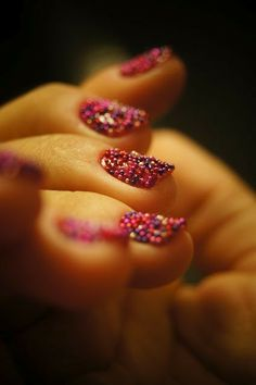 Christmas caviar nail art,Colorful caviar Christmas nails for girls  #Christmas #Caviar #Nail www.loveitsomuch.com