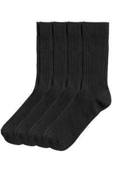 4 paar ribgebreide sokken