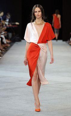 Short and Delicious Morning Yoga 🌹 ❉ღϠ❋花❋₡ღ✻↞❁✦彡●⊱❊⊰✦❁ ڿڰۣ❁ ℓα-ℓα-ℓα вσηηє νιє ♡༺✿༻♡·✳︎· 真❀‿ ❀ ·✳︎·☘‿TU Feb ✨ gυяυ ✤ॐ ✧⚜✧🌻🦁🐾🌻 ❦♥⭐♢∘❃♦♡❊ нανє α ηι¢є ∂αу ❊ღ༺✿༻✨♥♫ ~*~ 💐🌺💐♪♕✫❁✦⊱❊⊰●彡✦❁↠ 🌹 Fashion 2020, Love Fashion, Fashion Show, Womens Fashion, Beautiful Dresses, Nice Dresses, Vetement Fashion, Estilo Fashion, Fashion Sewing