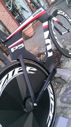Cervelo P5 with Zipp wheels