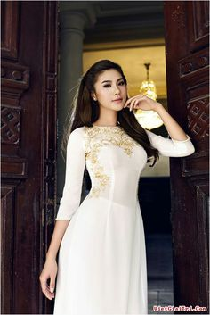 Ao dai white and gold