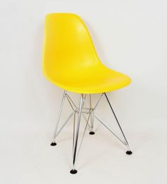 Childrens Mid Century Side Chair in polypropylene and steel eiffel base. Yellow