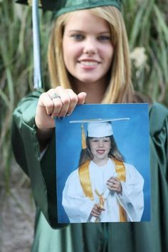 A Great idea for senior pictures Take your kindergarten graduation picture for when you're senior. Or even high school versus college graduation pictures. 5th Grade Graduation, College Graduation Pictures, Grad Pics, Kindergarten Graduation, Graduation Ideas, High School Graduation Picture Ideas, Graduation 2015, Graduation Outfits, Graduation Photography
