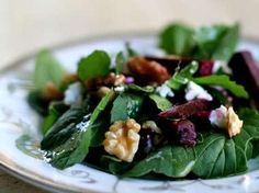 Vegetarian: Arugula Salad with Beets and Goat Cheese Recipe