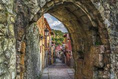 Puebla Vieja de Laredo | Old Town, Laredo, Spain | La Puebla… | Flickr