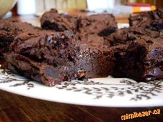 Guest Post: Pecan, Bourbon and Bacon Brownies Bacon Brownies, Gooey Brownies, Homemade Brownies, Chocolate Brownies, Chocolate Chips, Dessert Drinks, Dessert Bars, Desserts, Coconut Milk Whipped Cream