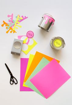 Paint Can Favors - so cute! Fun for a housewarming party takeaway! Art Party Favors, Birthday Party Favors, Craft Party, Kids Art Party, Party Bags, Diy Party, Wedding Favors, Diy And Crafts Sewing, Crafts For Kids
