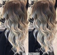 Tag your friends Love it so beautiful work amazing 25 Cutest Peekaboo Highlights You'll See in 2019 Ideas wedding makeup guest hair colors Balayage Ombré, Hair Color Balayage, Bayalage, Haircolor, Love Hair, Gorgeous Hair, Beautiful, Ombre Hair Long Bob, Hair Inspo