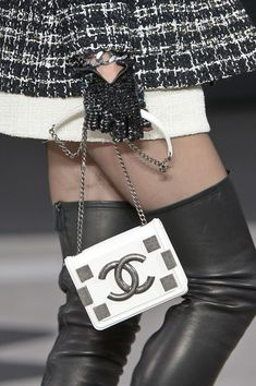 Chanel Fall 2013 - Details ♥✤