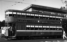 BEST tram service in Bombay in the year The services were eventually discontinued and made way for buses to become the sole transport carrier from BEST Rare Photos, Old Photos, Rare Images, Mumbai City, Oil Refinery, Double Decker Bus, Landmark Hotel, City That Never Sleeps, Dream City