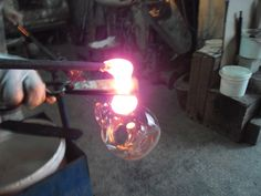 Vaze de sticla personalizate cu metal patinat , cupru alama , semnate de atelier manufactura ,  galerie de arta Producator de suveniruri si arta in sticla , octav39_2006@yahoo.com