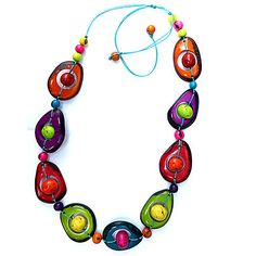 Ecuador Craft - Tagua Necklace TN057 (http://www.ecuadorcraft.com/tagua-necklace-tn057/)