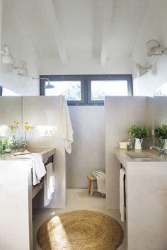 Plascon House Tour: A rustic chic abode - SA Decor & Design Dream Bathrooms, Amazing Bathrooms, Rural House, Suites, Bathroom Interior Design, Rustic Interiors, Rustic Chic, Bathroom Inspiration, New Homes