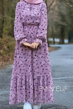 Modest Fashion Hijab, Modesty Fashion, Abaya Fashion, Modest Outfits, Fashion Dresses, Summer Outfits, 90s Fashion, Korean Fashion, Fashion Tips
