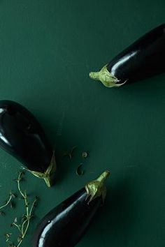 Hanna Gullichsenin ratatouille | Mondo.fi Garden Trowel, Garden Tools, Ratatouille, Eggplant, Provence, Around The Worlds, Magazine, Recipes, Color
