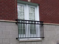 Juliette balcony french doors and balconies on pinterest for Balcony dictionary