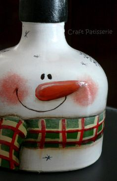 23 Most Popular Painting Decor Classes - Wine Bottle Art, Painted Wine Bottles, Painted Jars, Snowman Crafts, Holiday Crafts, Christmas Snowman, Winter Christmas, Wine Jug Crafts, Craft Show Ideas