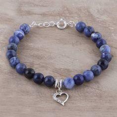 Heart Charm Sodalite Beaded Bracelet from India - Love is in the Heart Diy Beaded Bracelets, Making Bracelets With Beads, Beaded Jewelry, Jewelry Making, Jewelry Crafts, Jewelry Ideas, Jewelry Packaging, Heart Charm, Sterling Silver Bracelets
