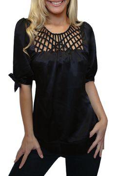 lacey_black_blouse.jpg 390×600 pixels