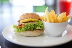 Burger and Chips. Burger And Chips, Outlets, Hamburger, Retail, Restaurant, Park, Ethnic Recipes, Ideas, Food