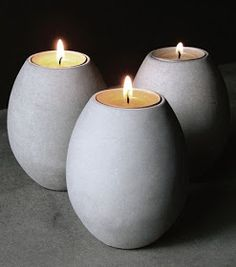 Lyra is a candle holder in concrete. Available in gray or white. Cement Art, Concrete Cement, Concrete Crafts, Concrete Projects, Concrete Garden, Concrete Design, Concrete Planters, Papercrete, Beton Design