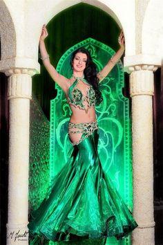Дизайн костюмов для восточных танцев от Майи Лихачевой