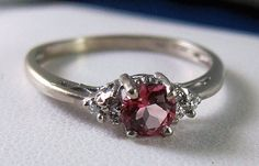Colored vintage ring