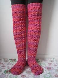 villasukat - lyhyt tai pitkävartiset - koko 40 - ei mielellään tummanpunaista.