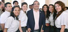 """El mandatario destacó que Veracruz apuesta a la innovación, a la tecnología, a la educación de calidad y a brindar las mejores oportunidades para que la juventud se prepare con los más altos estándares, así que el """"Gobierno del Estado debe generar los espacios para detonar su talento, méritos, su capacidad reformadora""""."""