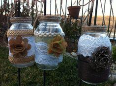 TEN HANGING MASON Jars Burlap Lace Bulk por RusticChicBodyShop