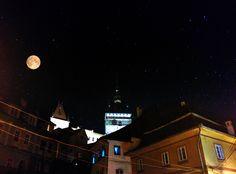 Fotografii din Sighisoara: Noapte buna sighisoreni de peste tot Empire State Building, Travel, Photos, Digital Art, Printmaking, Primary School, Christmas, Viajes, Trips