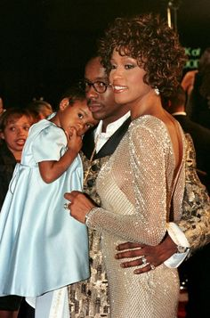 Whitney Houston and Bobby Brown with their daughter, Bobbi Kristina Brown, Whitney Houston, Black Celebrities, Famous Celebrities, Celebs, Beverly Hills, Celebrity Couples, Celebrity Style, Michael Jackson, New Jersey