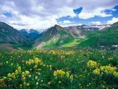 Colorado mountain high. 20 mountains over 14'000 ft high.